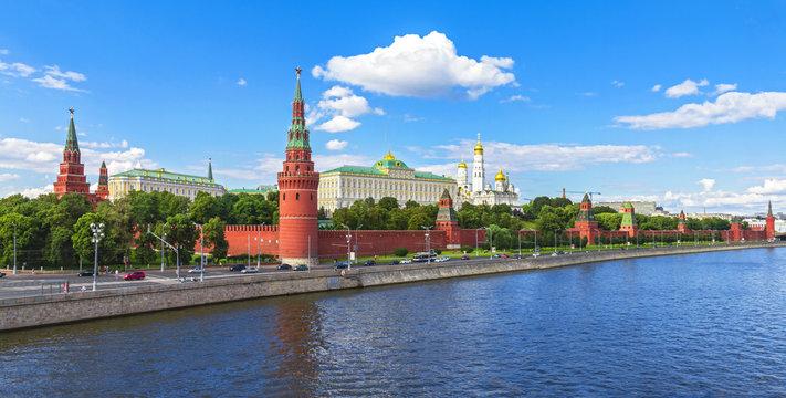 Moscow Kremlin, Kremlin Embankment