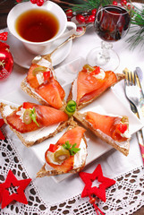 salmon and cheese canapes for christmas