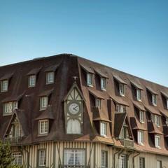 lucarnes dans les toits de deauville - Lucarne Moderne Et Toit Tuile