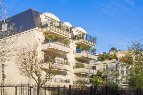 Le chic en val de marne photo libre de droits sur la for Architecte val de marne