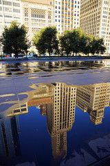 Fototapete - Reflection of Michigan Avenue buildings