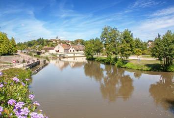 Le canal de Briare à Rogny les sept écluses, Yonne, Bourgogne, France