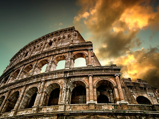 Colosseum in Rome with sky in the background Fototapete