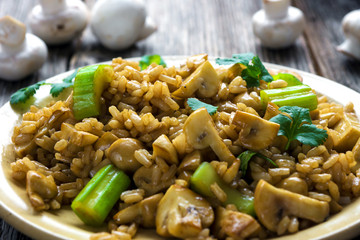 Risotto with mushrooms, coriander and celery