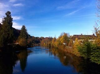 Loisach in Herbstfarben