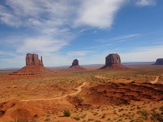 Les monuments de la vallée