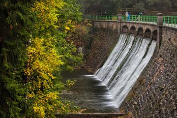 Foto auf Acrylglas Damm Dam on Lomnica River in Karpacz