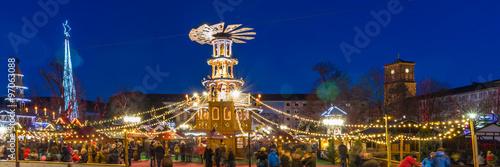 Karlsruhe Weihnachtsmarkt.Weihnachtsmarkt Karlsruhe Stockfotos Und Lizenzfreie Bilder Auf