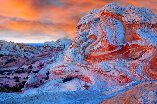 White pocket  at sunset, Vermilion Cliffs National Monument, Ari