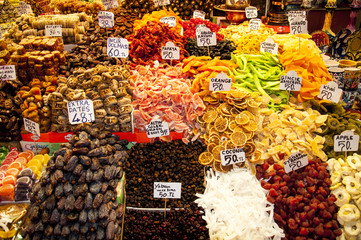 Spices in the historical Spice Bazar in Istanbul, Turkey.