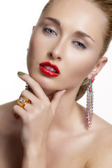 Pretty woman  and beautiful gold an silver jewelry