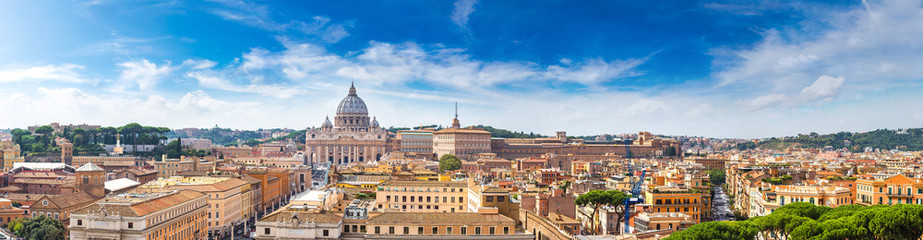 Fototapeten Rom Rome and Basilica of St. Peter in Vatican
