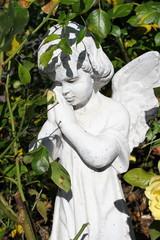 Figur eines betenden Engels (Gebet)
