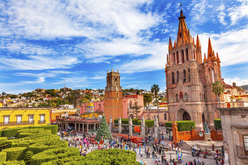 Jardin Parroquia Churches San Miguel de Allende