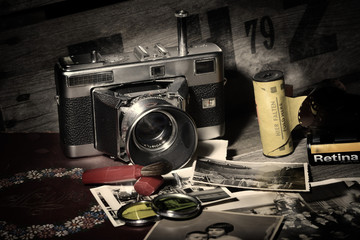 Alte Kamera Analog mit Fotografie