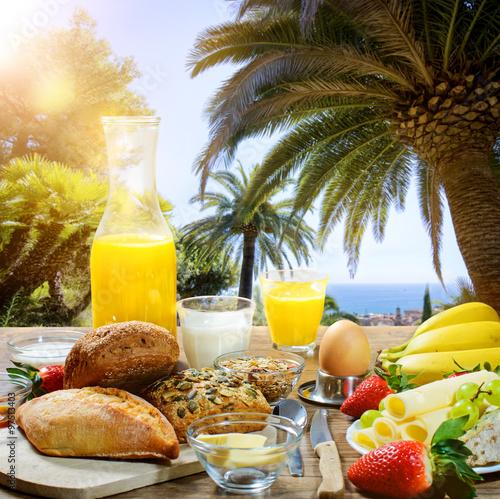 Frühstück Unter Palmen