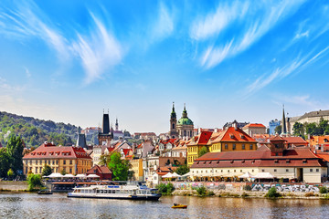 Autocollant pour porte Cracovie PRAGUE,CZECH REPUBLIC- SEPTEMBER 13, 2015: View of Prague Lesser