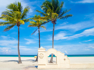 Wall Mural - Hollywood Beach in Florida on a summer day