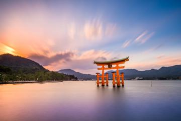 Fototapete - Miyajima, Hiroshima, Japan