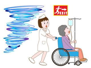 竜巻で避難する入院患者