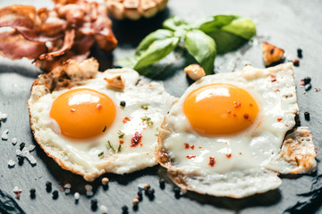 Papiers peints Ouf Served fried eggs
