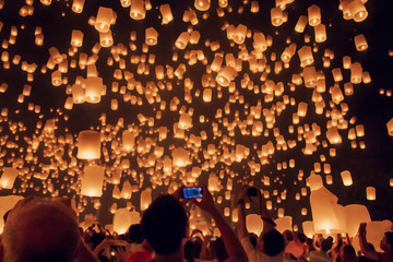 Blurred floating lantern or Yeepeng festival at Chaingmai province.