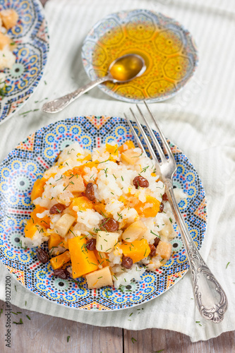 "Sweet pilaf with pumpkin, apples, raisins and quince"" Imagens e fotos ..."
