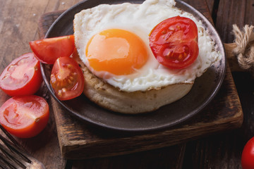 Vintage crumpets with eggs