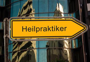 Strassenschild 42 - Heilpraktiker