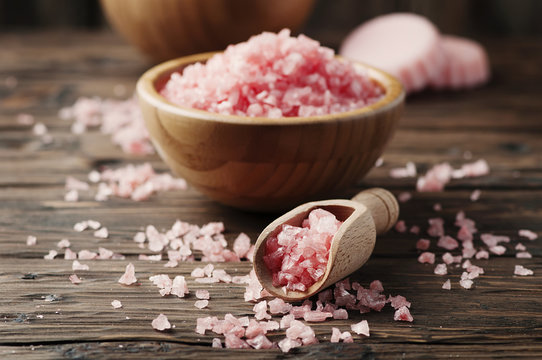 Concept of spa treatment with pink salt