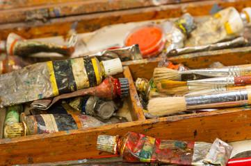 close-up paint, craft, brush, art supplies.