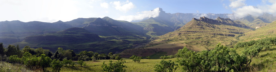 Amphitheatre, Royal Natal National Park, South Africa