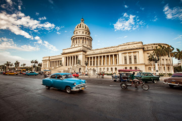 Canvas Prints Havana HAVANA, CUBA - JUNE 7, 2011: Old classic American car rides in f