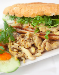 banh mi vietnamese sandwich asian chicken bacon pork fast food
