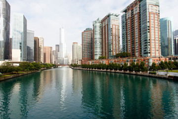 Color DSLR image of downtown Chicago, looking up the Chicago River