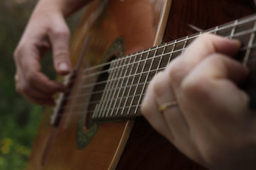 Playing classic guitar