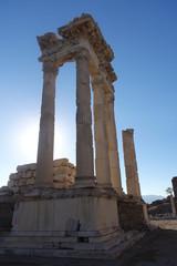 Bergama - Akropolis Sütun