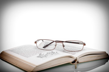 lesen Buch Lesebrille
