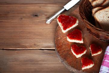 Herzchenfrühstück mit Textfreiraum
