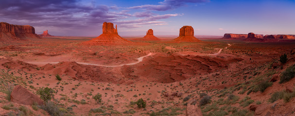 Wall Mural - Sunset at Monument Valley