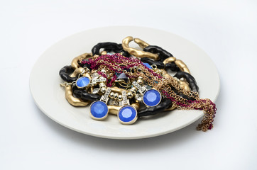 plate with jewels
