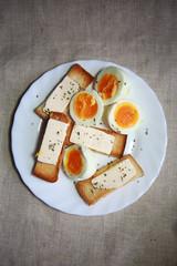 завтрак с яиц