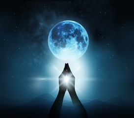 Leinwandbilder - Respect and pray on blue full moon with nature background, Original