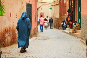 Papiers peints Maroc Man on Moroccan market in Marrakech, Morocco