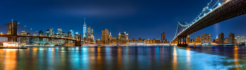 Acrylic Prints Brooklyn Bridge Night panorama with the downtown New York City skyline and the