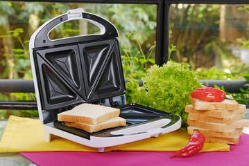 white sandwich maker