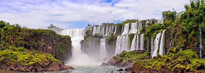 Foto auf Gartenposter Wasserfalle Waterfalls on Iguasu