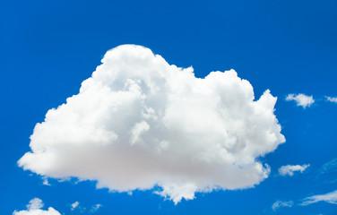 Photo sur Plexiglas Ciel White cloud in the blue sky