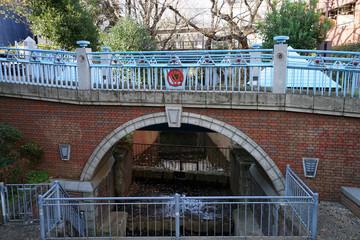 玉川上水 ゆずり橋