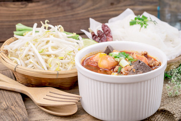 KaNom jeen Noodles and spicy soup
